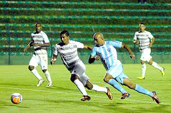 ba71c343f3 Experiência de Alexandre Oliveira pode ajudar a tirar o Londrina da  situação difícil em que se encontra