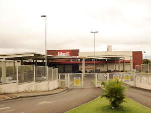 7fb0a7792 Walmart fecha Maxxi Atacado em Londrina | Folha de Londrina