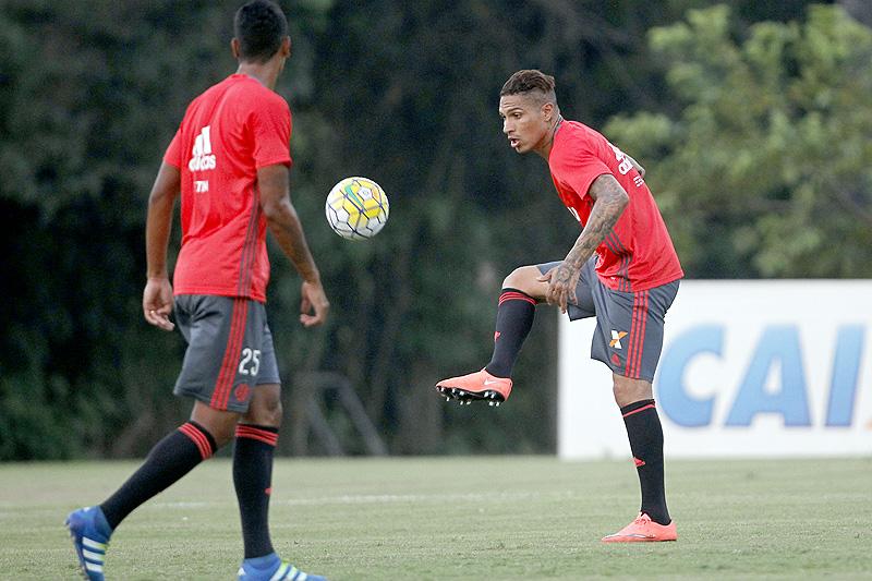 Flamengo precisa evitar vexame da eliminação  2734ea9969157