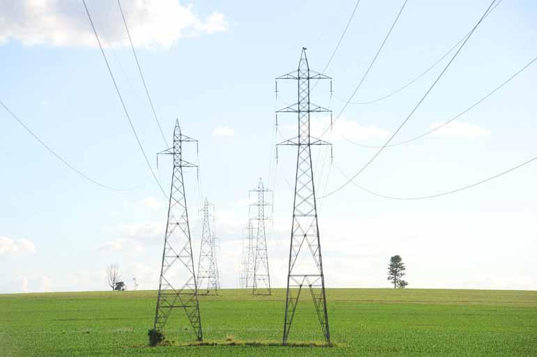 Lis Sayuri/08-04-2015 - No item custo da energia elétrica, indicador do pilar infraestrutura, o Paraná ficou em último lugar do ranking