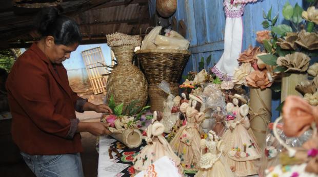 Aparador Hermes Dicoro ~ Mulheres do Selva organizam feira de artesanato Folha de Londrina O Jornal do Paraná Brasil
