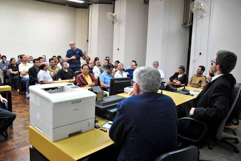 Antônio de Picolli/Divulgação - Como proposta do debate realizado na segunda-feira, uma audiência pública deve ser marcada nos próximos dias