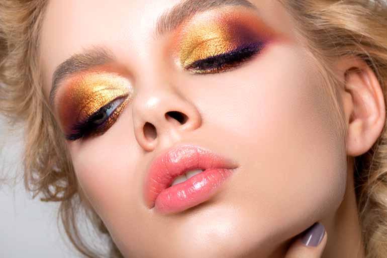 Fotos: Shutterstock - 01 - Os tons metalizados e o glitter estão em alta