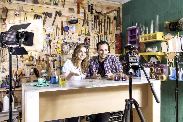 Divulgação - Iberê Thenório e Mari fazem uma sessão de autógrafos nesta quinta (16), no Shopping Boulevard