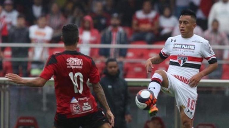 Rubens Chiri / saopaulofc.net - O peruano Cueva vem sendo o destaque do time são-paulinio