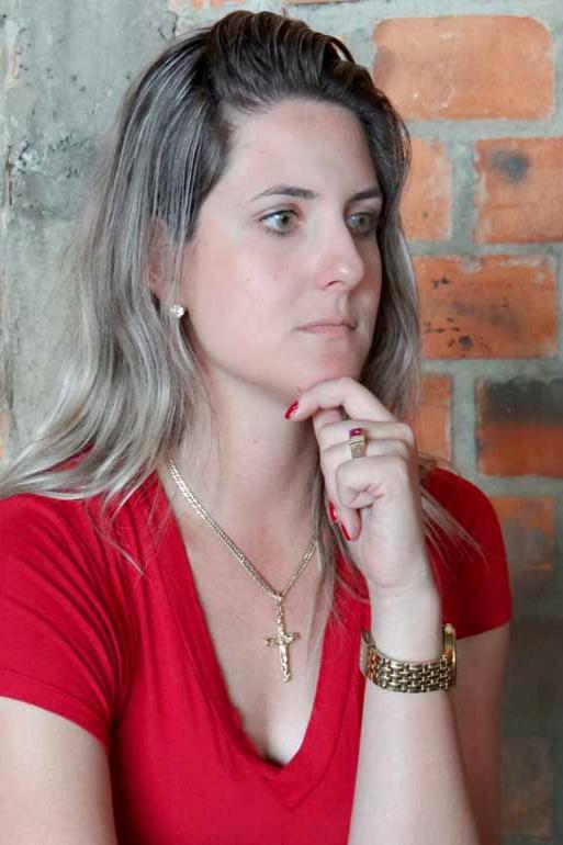 Fotos: Luiz Guilherme Bannwart/Divulgaçã - Filha do candidato que teve os votos anulados, Adelita Parmezan de Moraes garante que segue suas convicções e as de seu grupo político