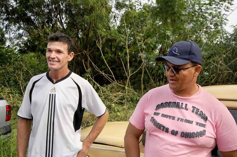 Claudemir Estevan e Nelson Silva Goes, ex-funcionários da cerâmica: bom para todos
