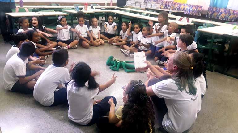 Divulgação - Escola pública da Lapa (PR) implantou programa de saúde emocional em turmas do 2º ao 5º ano: alunos descobriram que podiam se expressar