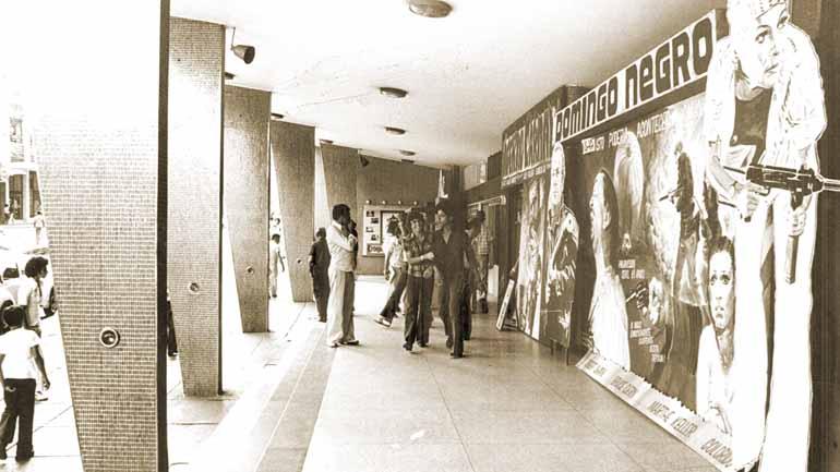 O velho cinema desperta lembranças emocionadas, há espectadores que se recordam de cada detalhe, desde a fachada ao seu interior