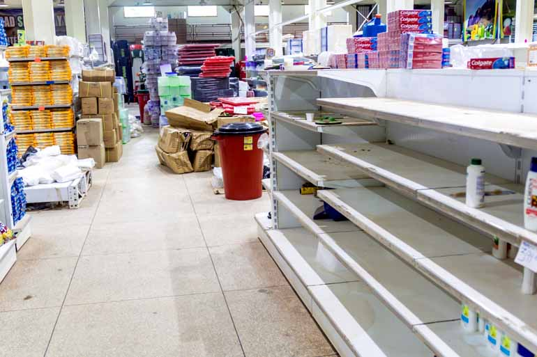 Shutterstock - Escassez de alimentos tem motivado a migração em massa para os países vizinhos