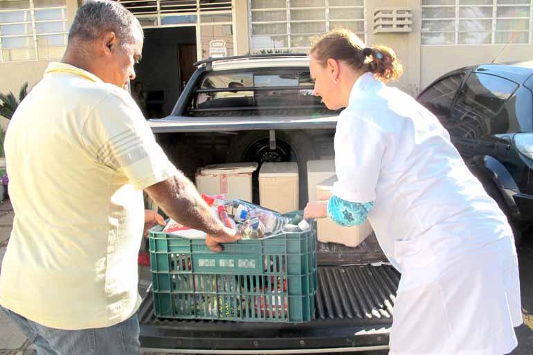 Paulo Monteiro - De acordo com a Vigilância de Saúde, além de alimentos vencidos havia produtos  estocados irregularmente