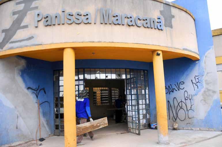 Marcos Zanutto - Unidade do Panissa/Maracanã está fechada desde janeiro de 2016, quando estrutura foi danificada por causa da chuva