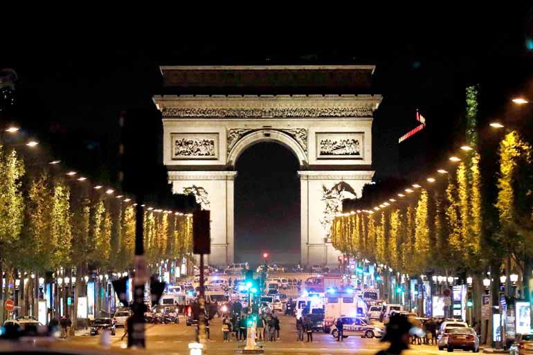 Thomas Sansom/AFP - Ato ocorreu às vésperas do primeiro turno da eleição presidencial francesa