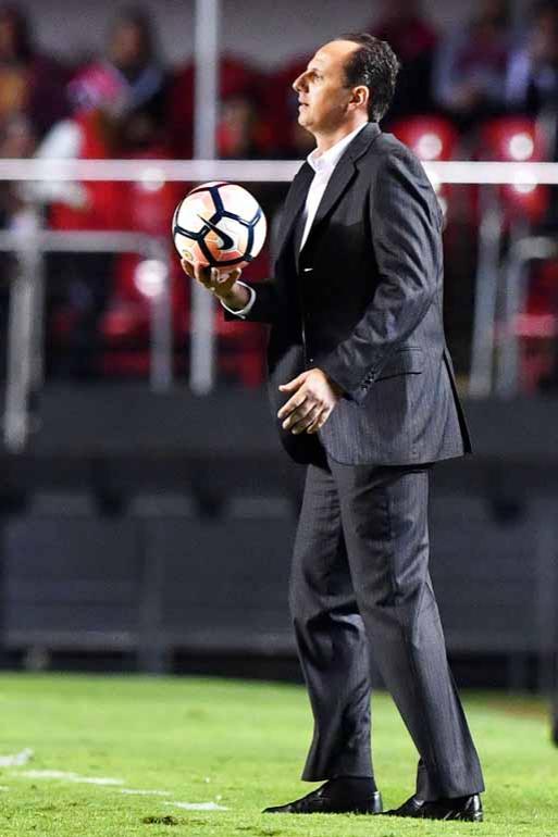 Nelson Almeida/AFP - Queda de rendimento de Cueva preocupa o treinador são-paulino