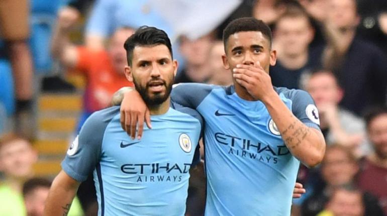Anthony Devlin/AFP - O argentino Aguero e o brasileiro Gabriel Jesus fazem a diferença para o City