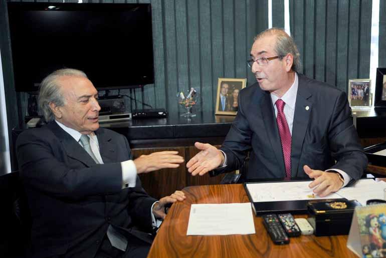 Fábio Rodrigues Pozzebom/Agência Brasil - Eduardo Cunha e Michel Temer: ex-presidente da Câmara teria recebido R$ 5 milhões após a prisão em outubro do ano passado