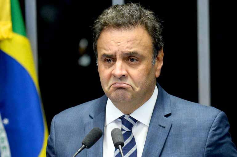 Andressa Anholete/AFP - Aécio disse que vai provar sua inocência e