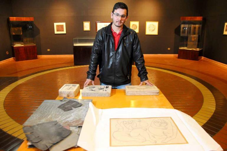 Raphael Soares Menten, neto do artista e curador da mostra: