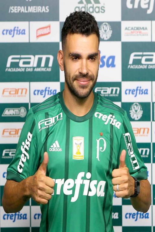 2d66af9fa1 Cesar Greco Agência Palmeiras Divulgação - Volante