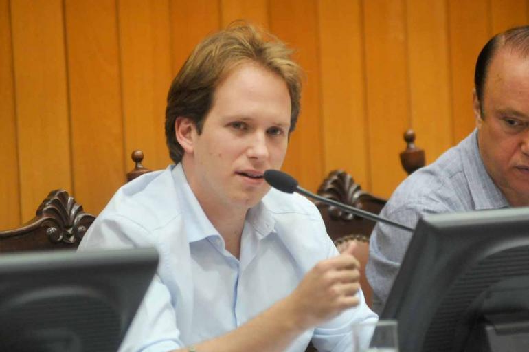 Devanir Parra/CML - O presidente da Comissão de Finanças da Câmara, Felipe Prochet (PSD), diz que o parecer tranquiliza os vereadores quanto ao real cenário das contas públicas