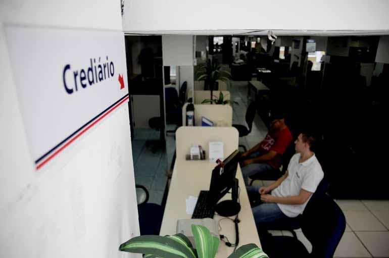 Gustavo Carneiro - Departamentos de cobrança das lojas e empresas precisam estar bem estruturados e melhorar a política de liberação de crédito, aponta consultor Wellington Moreira