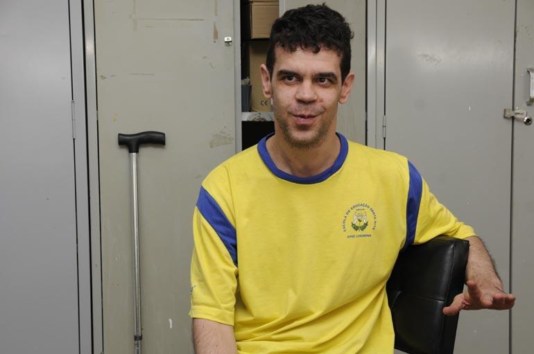 Saulo Ohara - Gabriel Teixeira Chiquitano está na Apae há 16 anos.