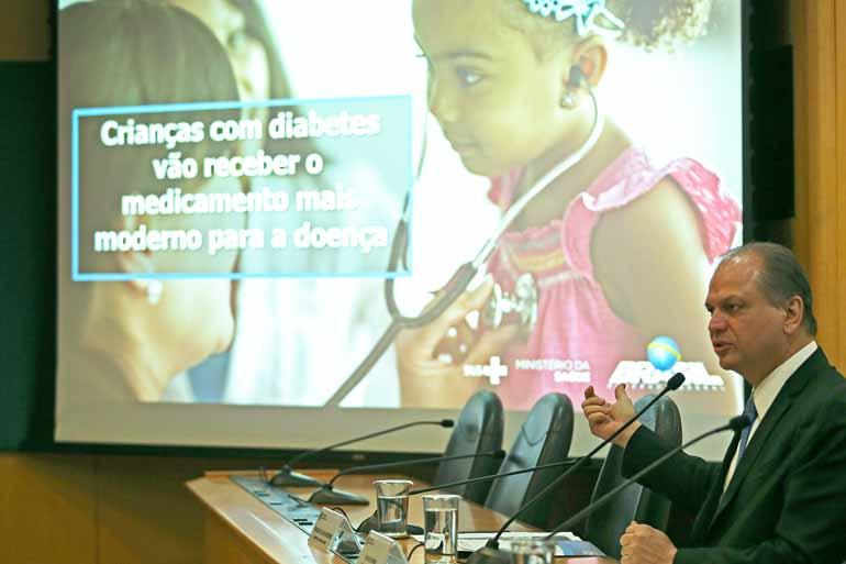 José Cruz/Agência Brasil - O ministro Ricardo Barros durante anúncio da disponibilização da insulina análoga