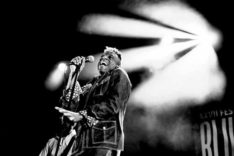 Divulgação - Earl Thomas: músico que está pela primeira vez no Brasil, já participou de projetos com Tom Jones, Etta James e Joe Cocker