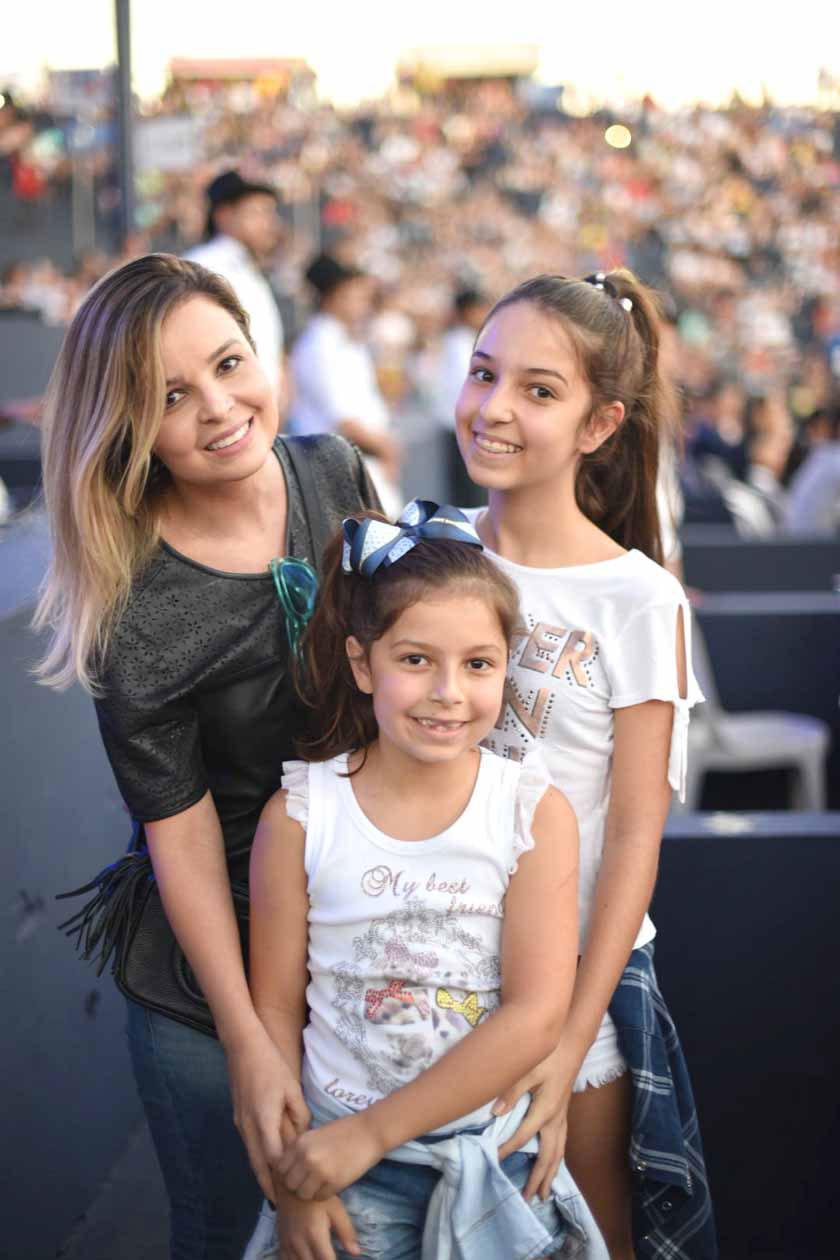Em tempo  a cobertura completa da passagem de Larissa Manoela por Londrina  será destaque sexta, no programa