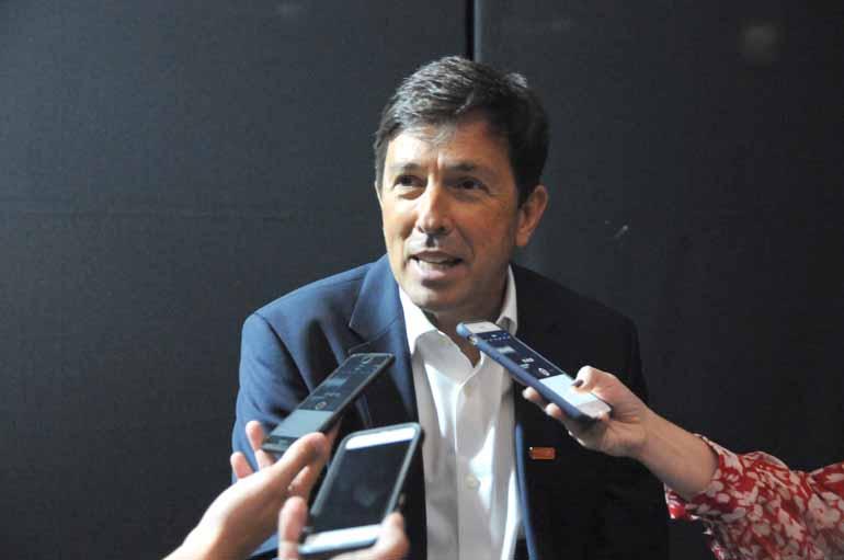 Anderson Coelho - Amoêdo defende retirar o poder decisório de Brasília: mais autonomia para os prefeitos e para os governos estaduais