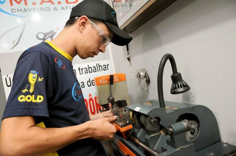Gustavo Carneiro - Maicon Aranda Duin venceu licitação para atender por um ano os serviços de chaveiro: 'Para a gente agregou valor'
