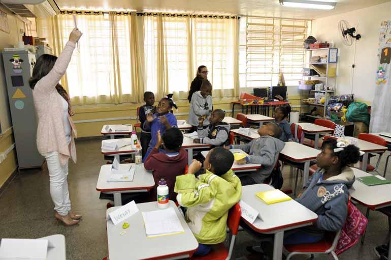 Saulo Ohara - Cambé tem tem aproximadamente 50 crianças haitianas matriculadas desde a educação infantil até o 5º ano do fundamental
