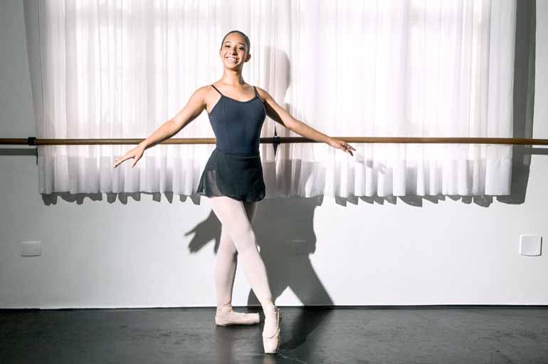Ricardo Chicarelli - Fathma Archello: 'Desde que me entendo por gente eu estou envolvida com dança'