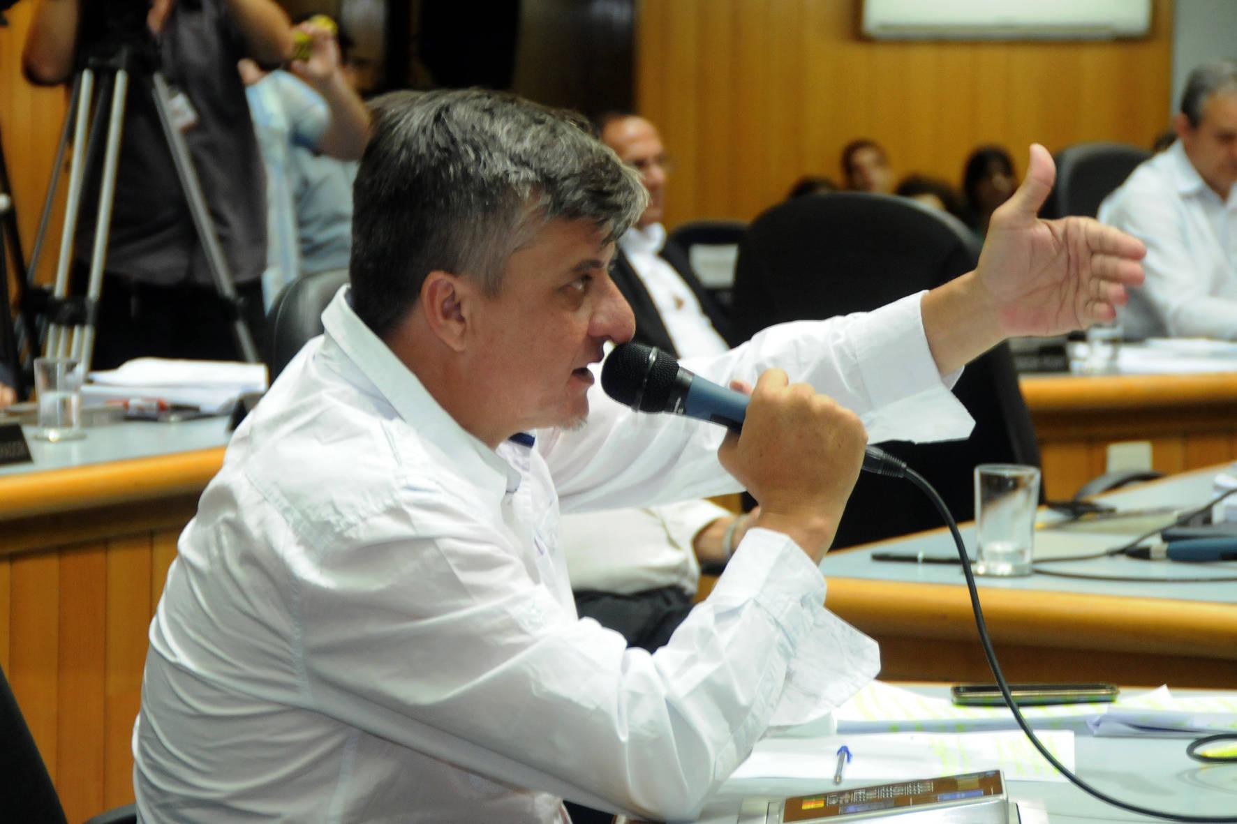 Sessão de Julgamento contra o relatório da CP que concluiu pela violação ao decoro pelo parlamentar.