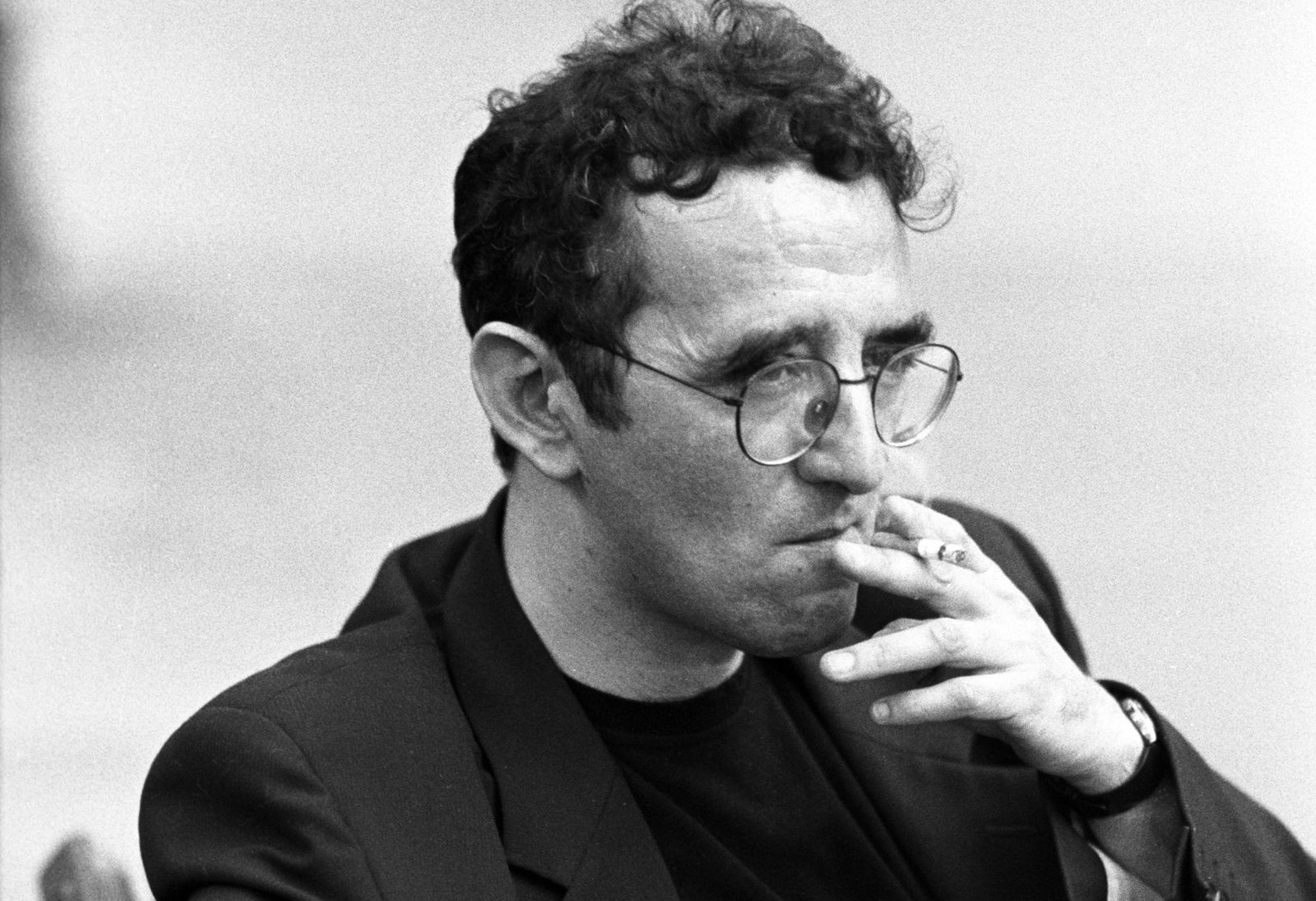 Roberto Bolaño expõe a hipocrisia dos homens das letras que utilizam a literatura como exercício de poder