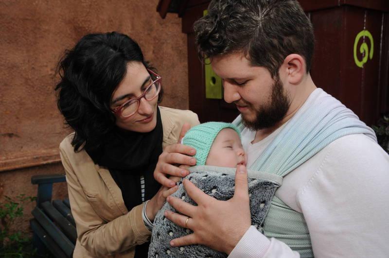 Larissa, Diego e o pequeno Hugo: buscando informações para crescer como pais