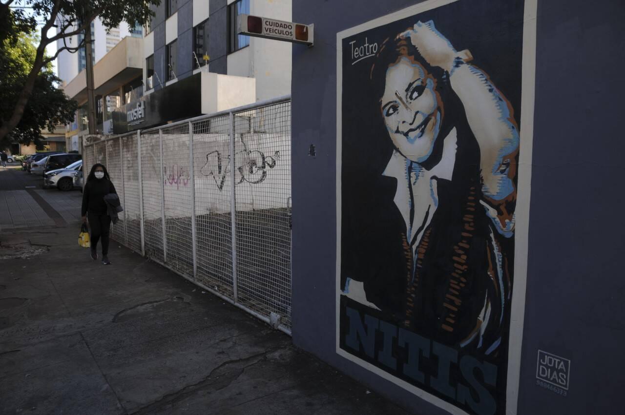 Grafite de Nitis Jacon, feito por Jota Dias, emocionou a família da presidente de honra do Filo